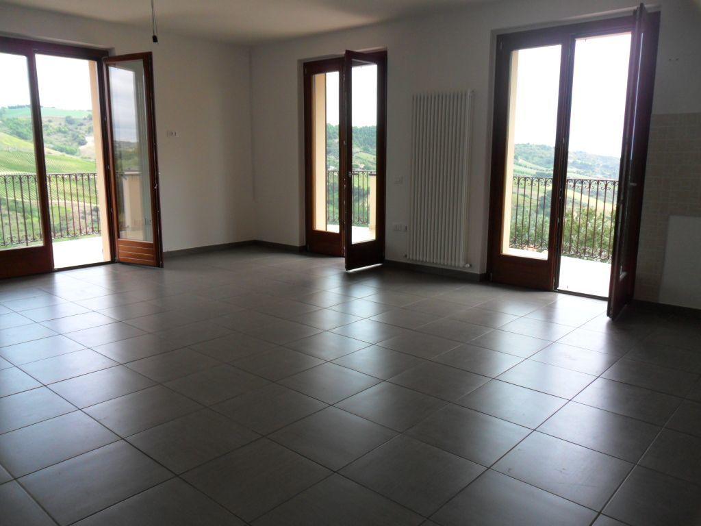 Appartamento in affitto a Monteprandone, 4 locali, prezzo € 650 | CambioCasa.it