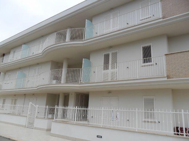 Appartamento in vendita a Cupra Marittima, 5 locali, prezzo € 140.000 | Cambio Casa.it