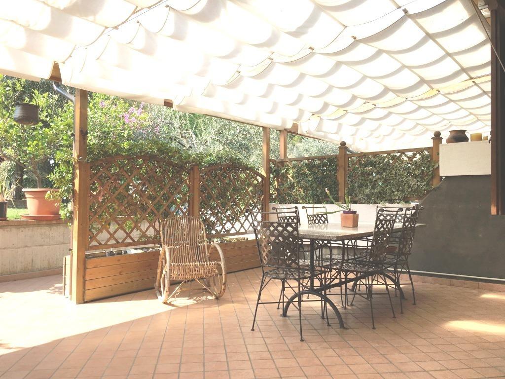 Villa a Schiera in vendita a Corte Franca, 7 locali, prezzo € 245.000 | Cambio Casa.it