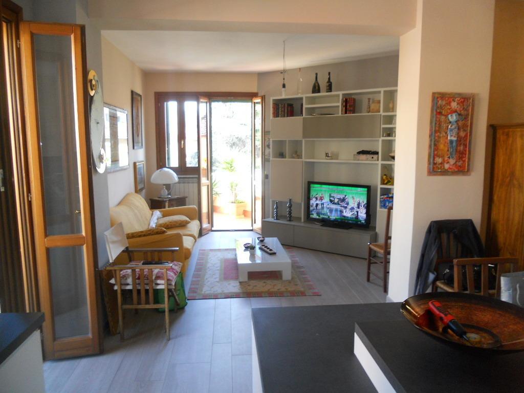 Appartamento in vendita, rif. 2446