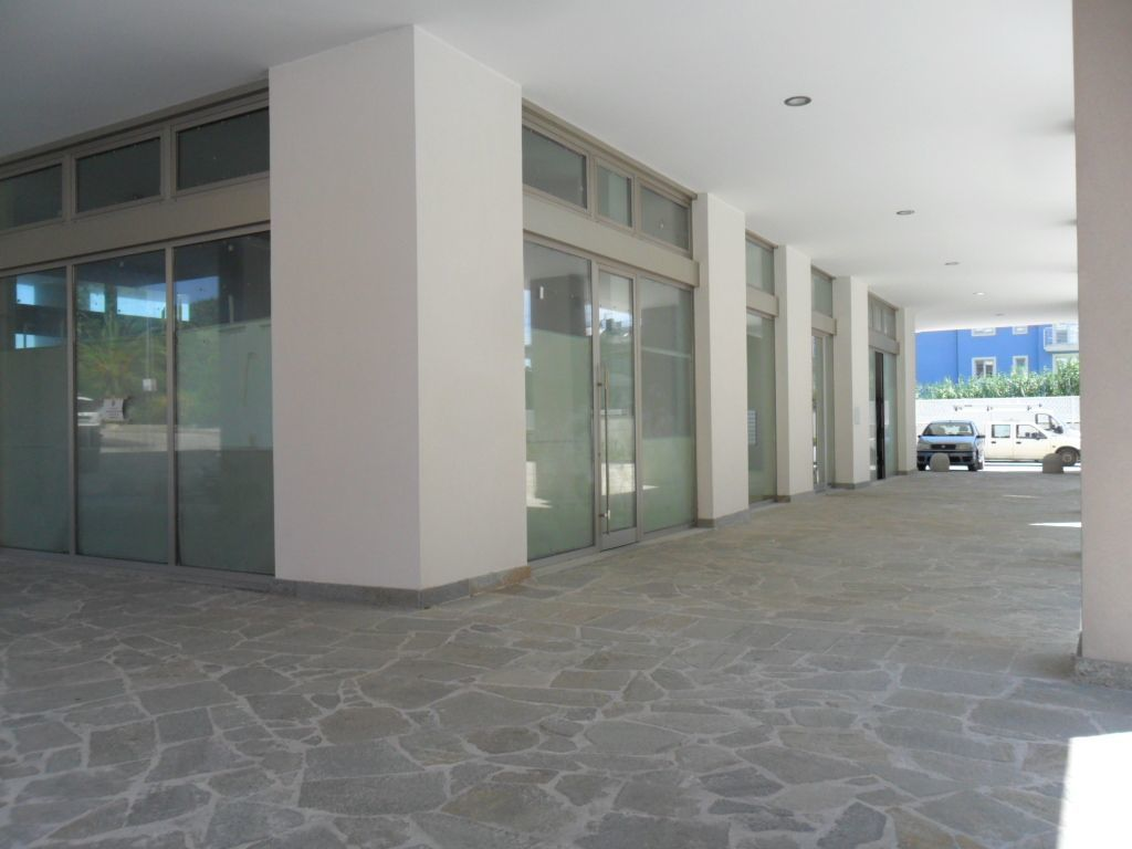 Negozio / Locale in affitto a Grottammare, 2 locali, prezzo € 3.100 | Cambio Casa.it