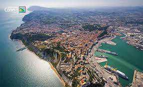 Terreno Edificabile Residenziale in vendita a Ancona, 1 locali, prezzo € 650.000 | CambioCasa.it