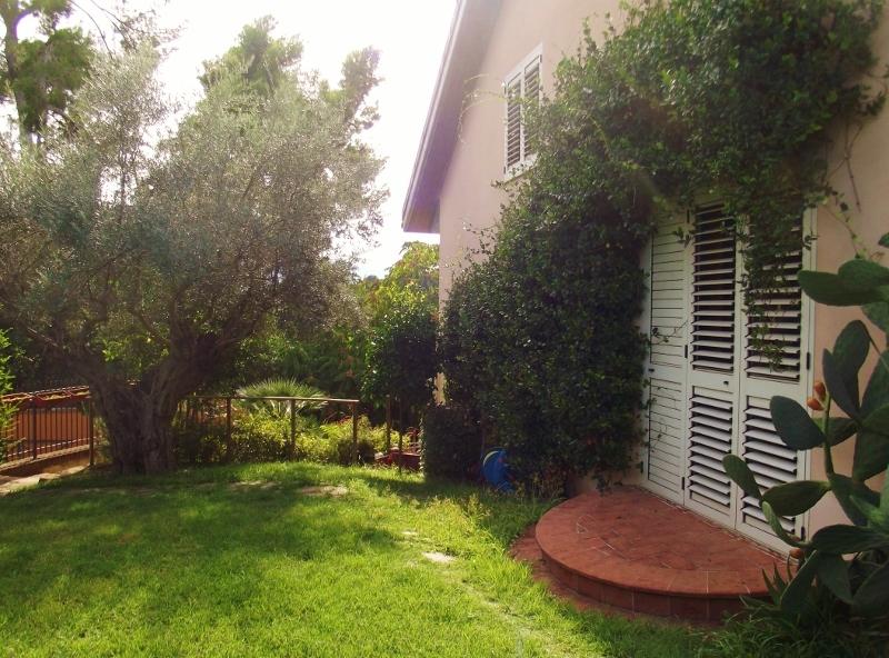 Villa a Schiera in vendita a Spinetoli, 11 locali, prezzo € 210.000   Cambio Casa.it