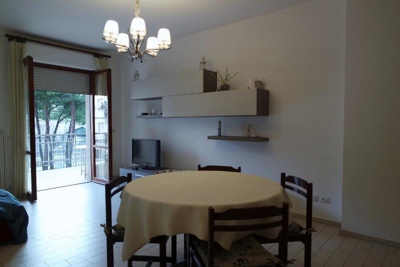 Appartamento in vendita a Grottammare, 3 locali, prezzo € 175.000   CambioCasa.it