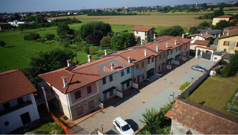 Vista Alto Anteriore Villa a schiera  a Palazzolo sull'Oglio