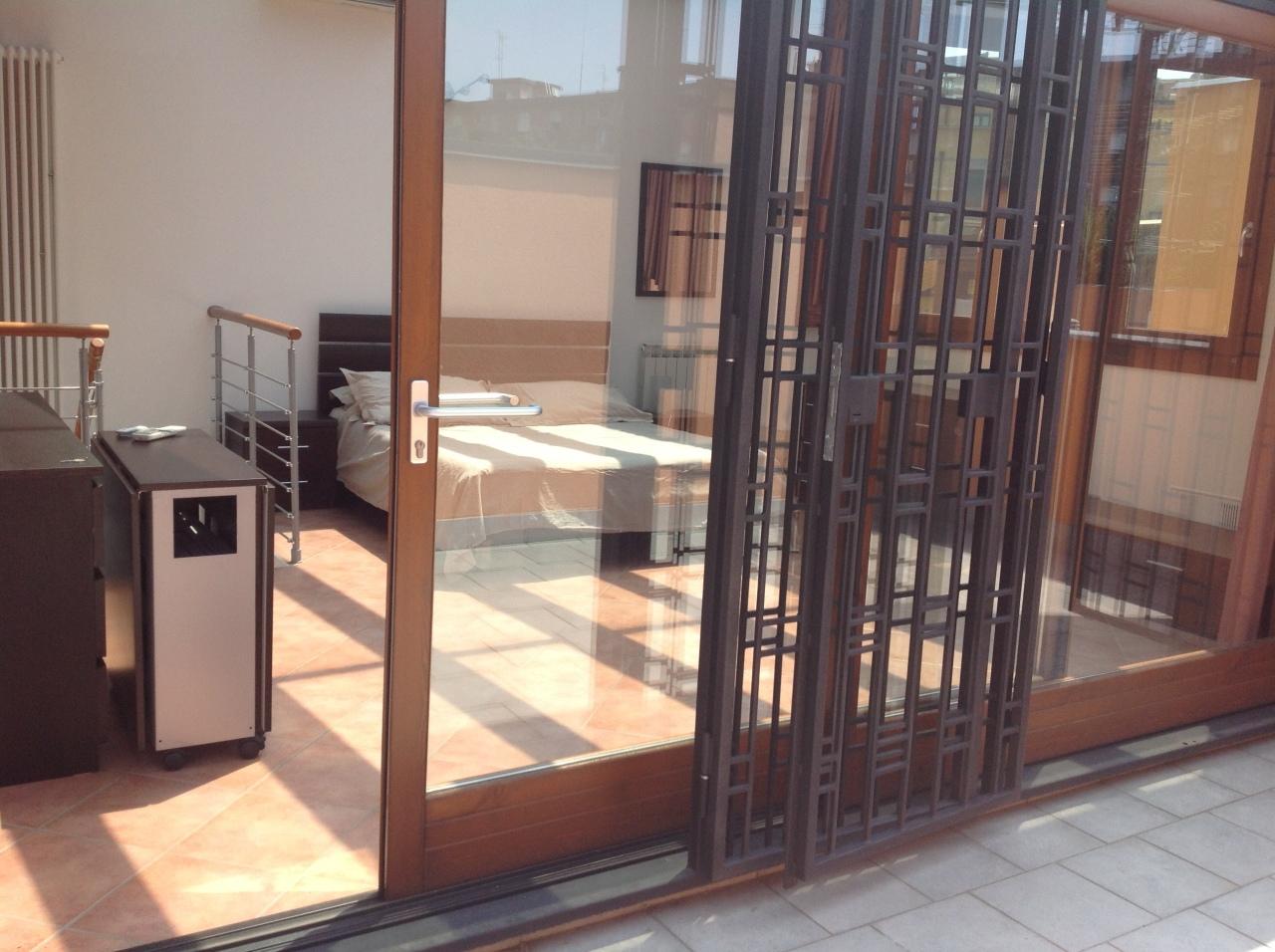 Appartamento in vendita a Milano, 2 locali, prezzo € 270.000 | Cambio Casa.it