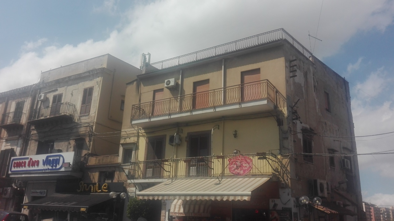 palermo vendita quart: piazza indipendenza errebicasa-immobiliare-rossella-borzellieri-di-rosalia-borzellieri