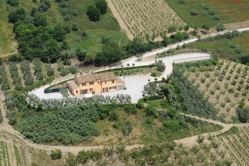 Agriturismo in vendita a Lapedona, 10 locali, prezzo € 590.000 | Cambio Casa.it