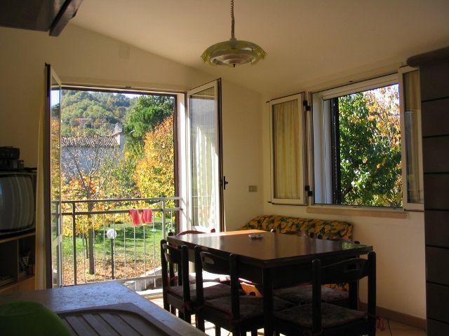 Soluzione Semindipendente in vendita a Acquasanta Terme, 4 locali, prezzo € 90.000 | Cambio Casa.it