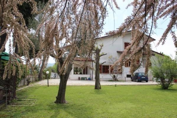 Villa in vendita a Colonnella, 10 locali, prezzo € 370.000   Cambio Casa.it