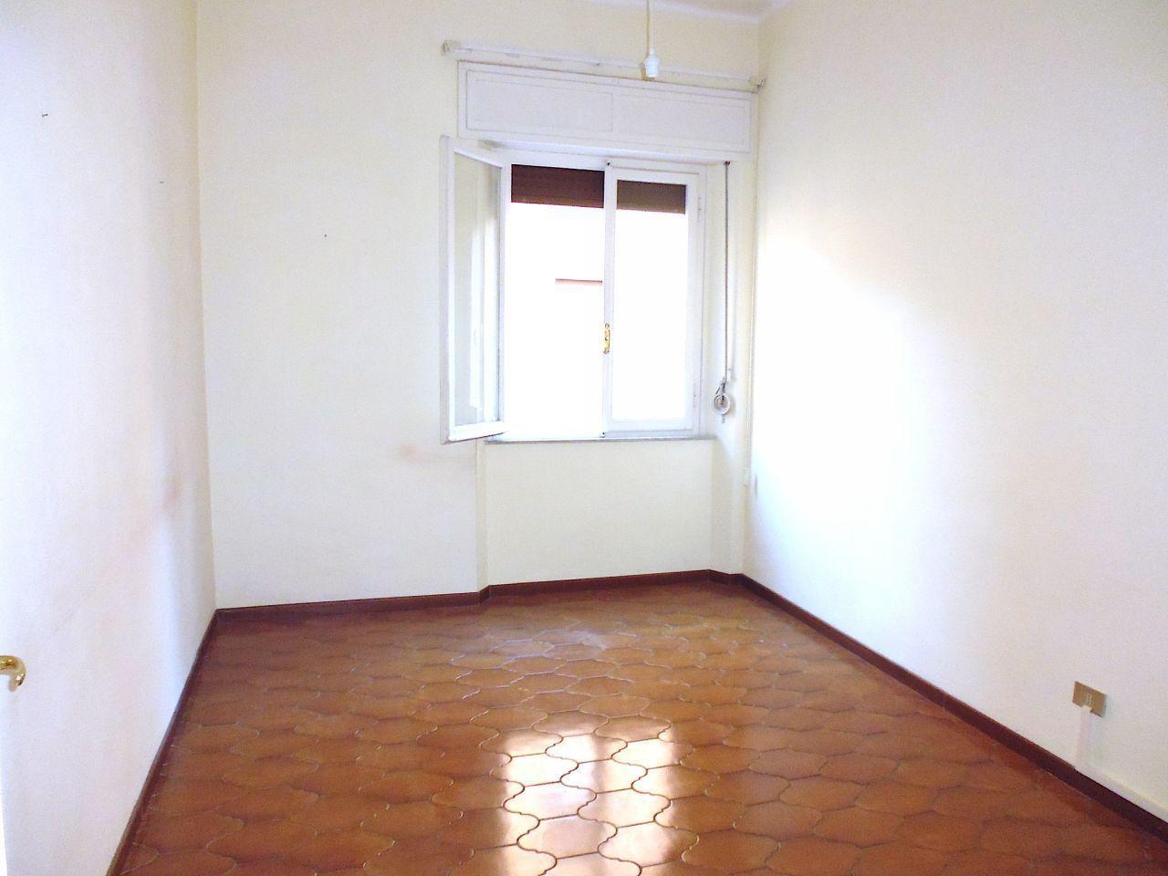 livorno affitto quart: centro agenzia-studio-tecnico-immobiliare-&-c-s.a.s.