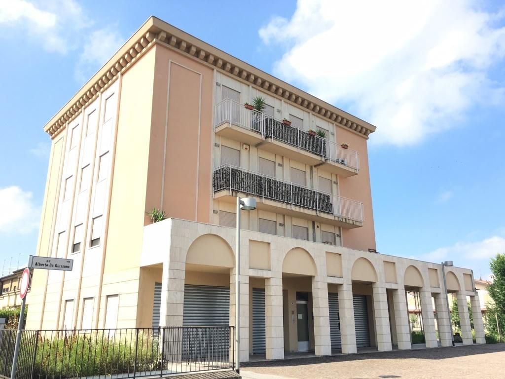 Appartamento in affitto a Chiari, 3 locali, prezzo € 450 | Cambio Casa.it