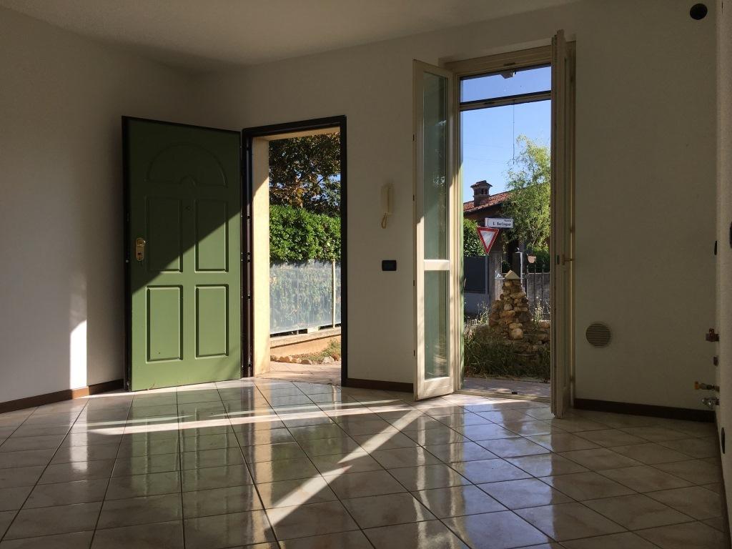 Appartamento in vendita a Roccafranca, 3 locali, prezzo € 79.000 | Cambio Casa.it