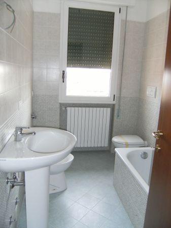 Appartamento in affitto a Casalserugo, 4 locali, prezzo € 480 | CambioCasa.it