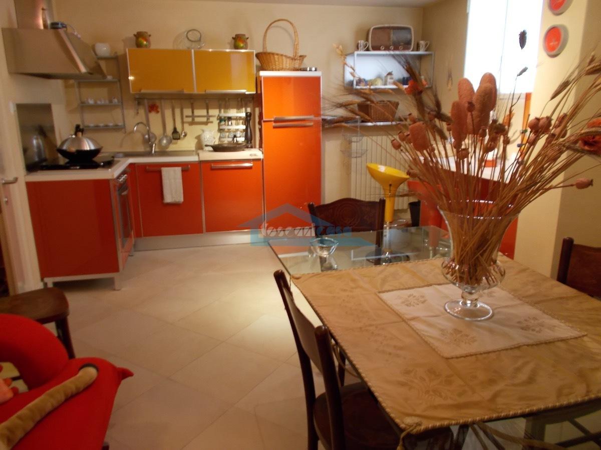 Cucina-Taverna Villa  a Adro