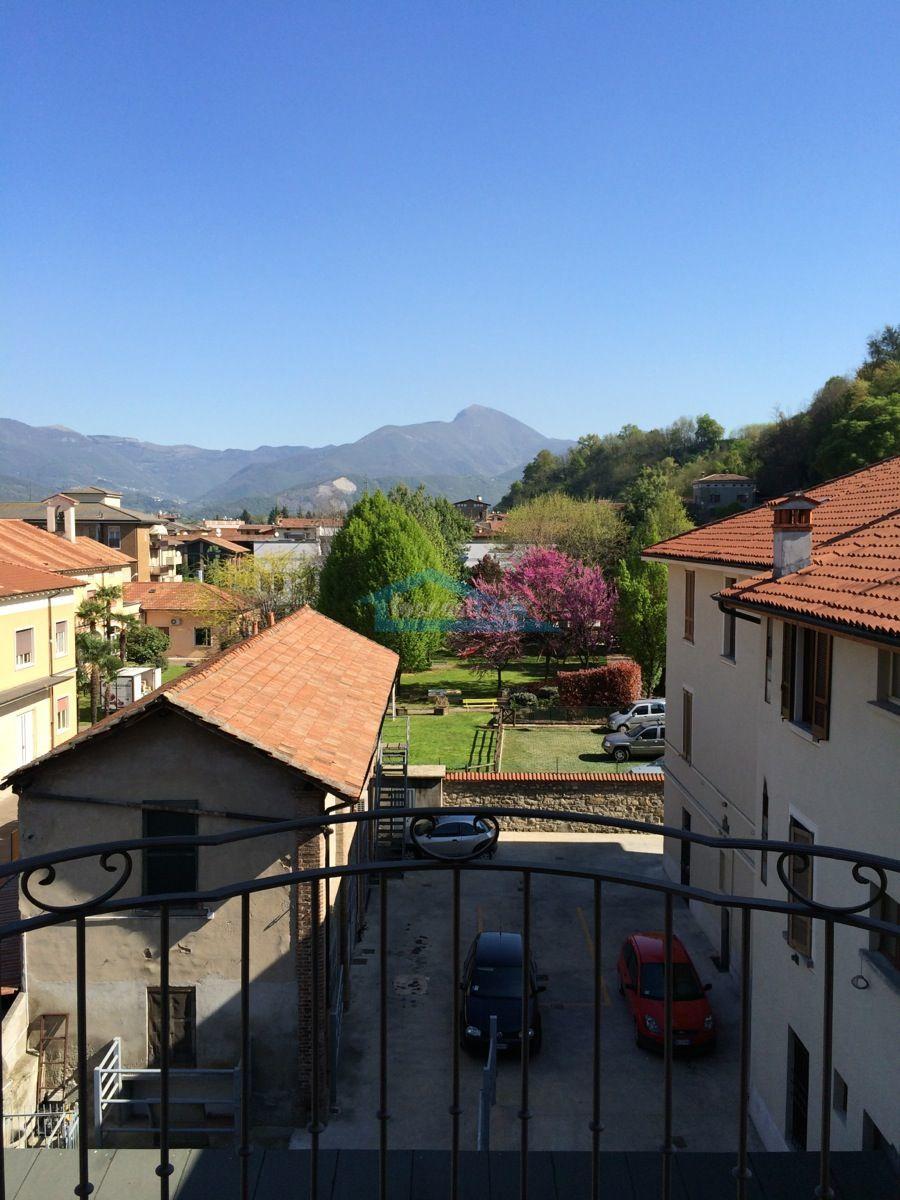 Balconcino Appartamento  a Capriolo