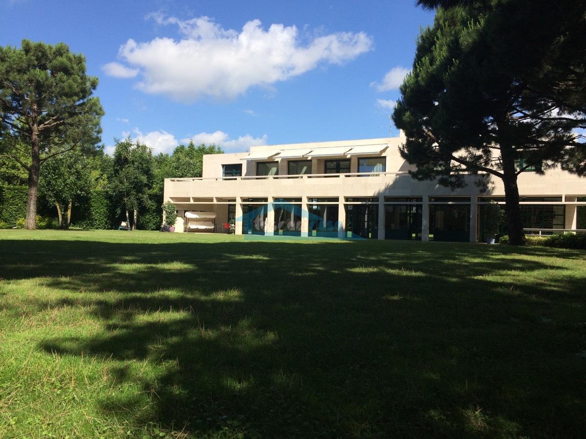 IMG_4382.JPG Villa  a Chiari