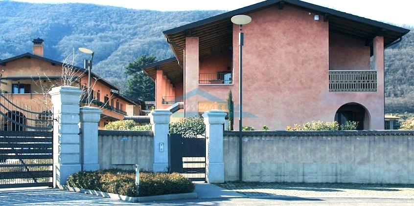 Appartamento Trilocale a Corte Franca