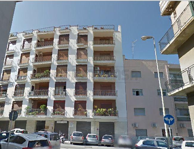 Negozio / Locale in vendita a Messina, 2 locali, prezzo € 65.000 | Cambio Casa.it