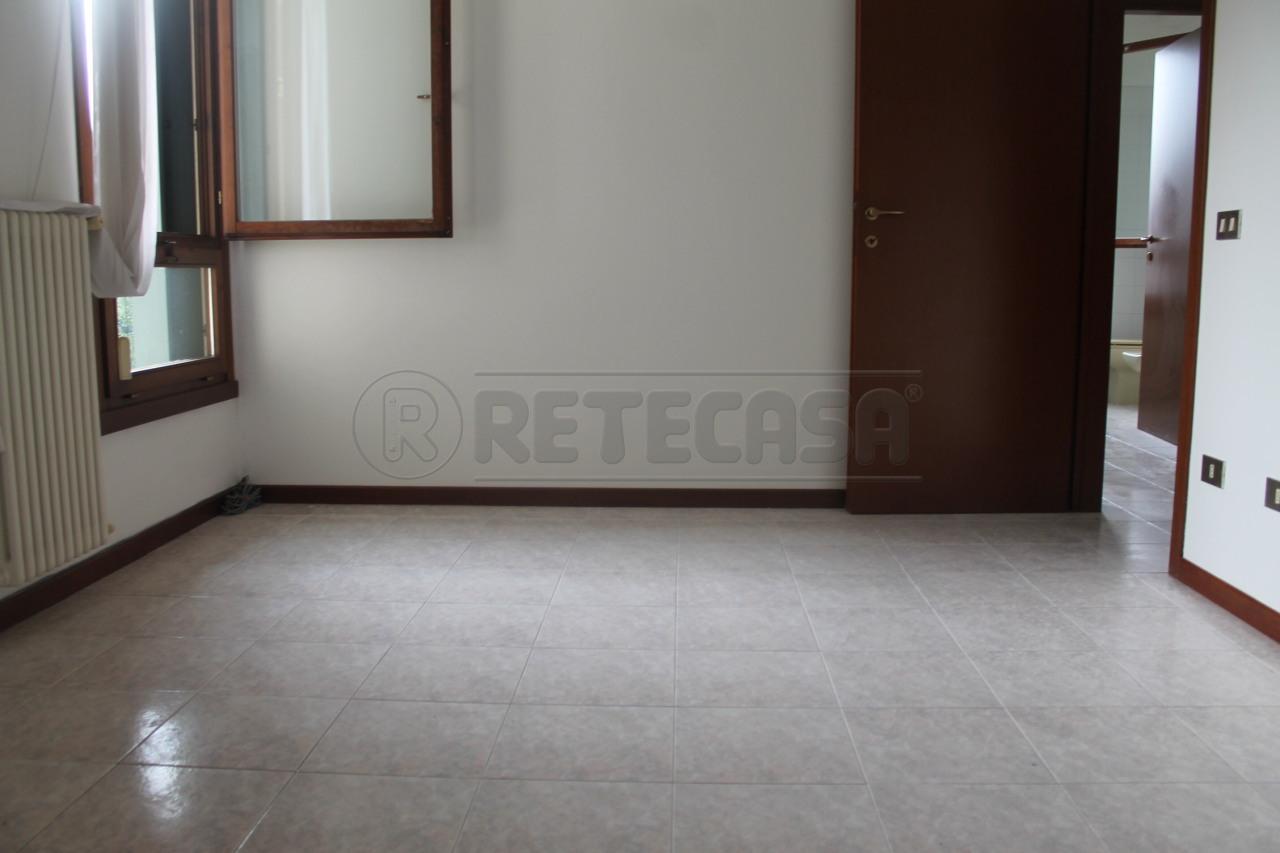 Bilocale in affitto - 85 mq