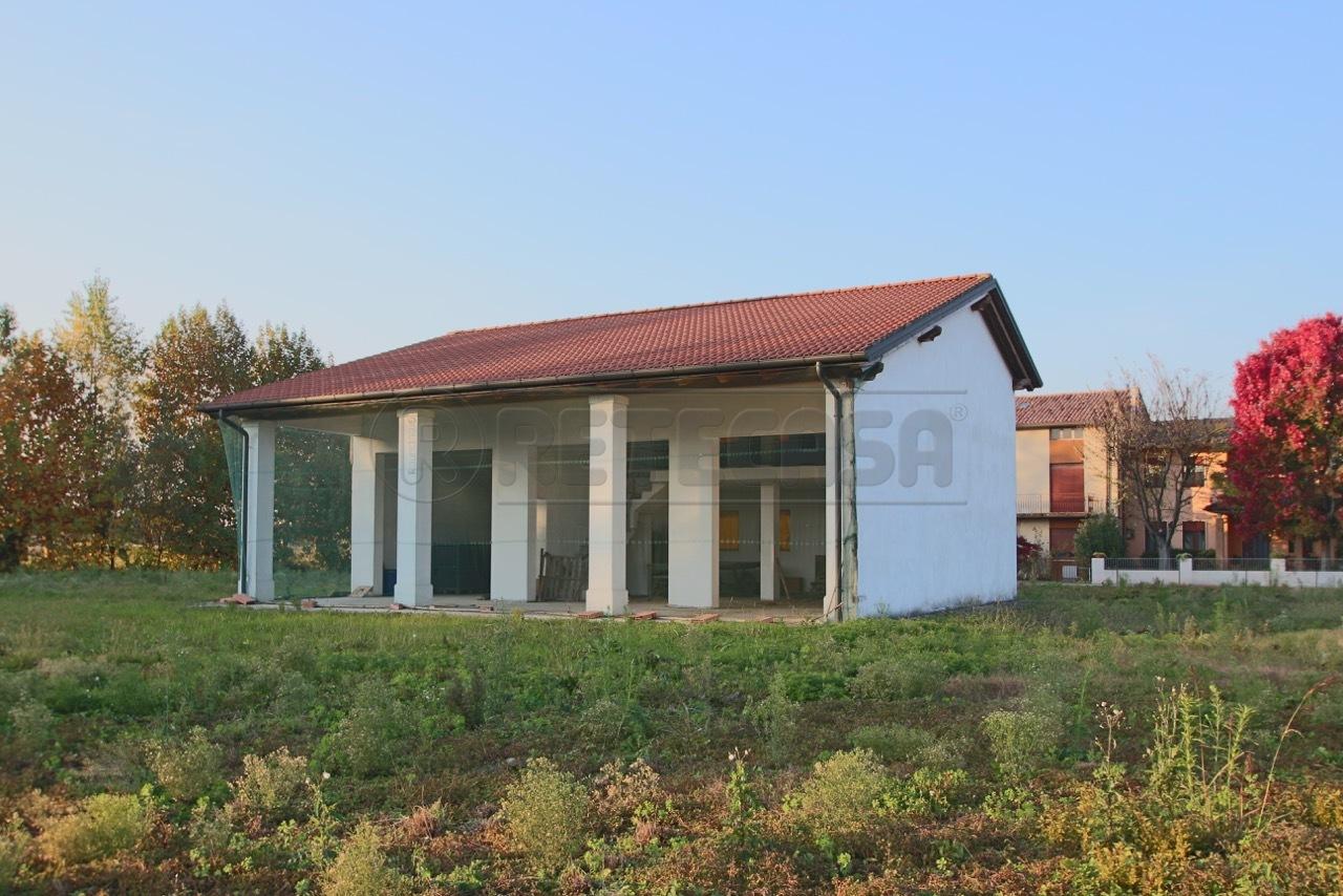 Rustico / Casale in Vendita a Bolzano Vicentino