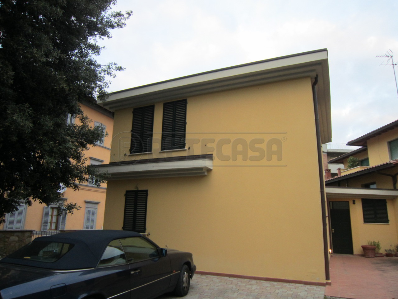 Villa a Schiera in Vendita a Poggibonsi