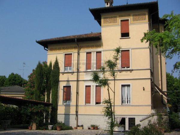 Villa in vendita a Castellucchio, 9999 locali, Trattative riservate | Cambio Casa.it