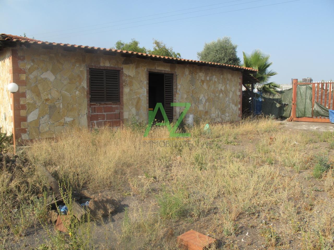 Villa in vendita a Belpasso, 9999 locali, prezzo € 129.000 | Cambio Casa.it