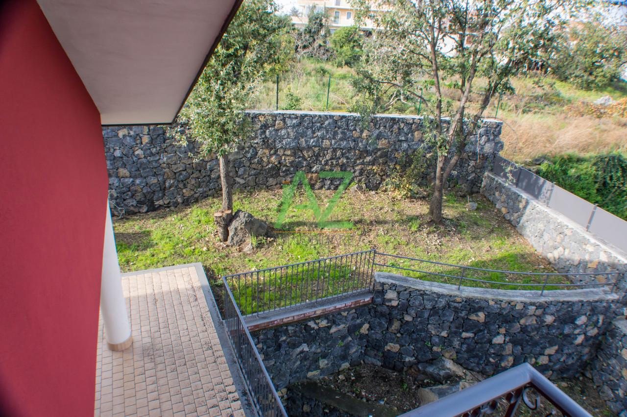 Villa in vendita a Aci Sant'Antonio, 5 locali, prezzo € 465.000 | Cambio Casa.it
