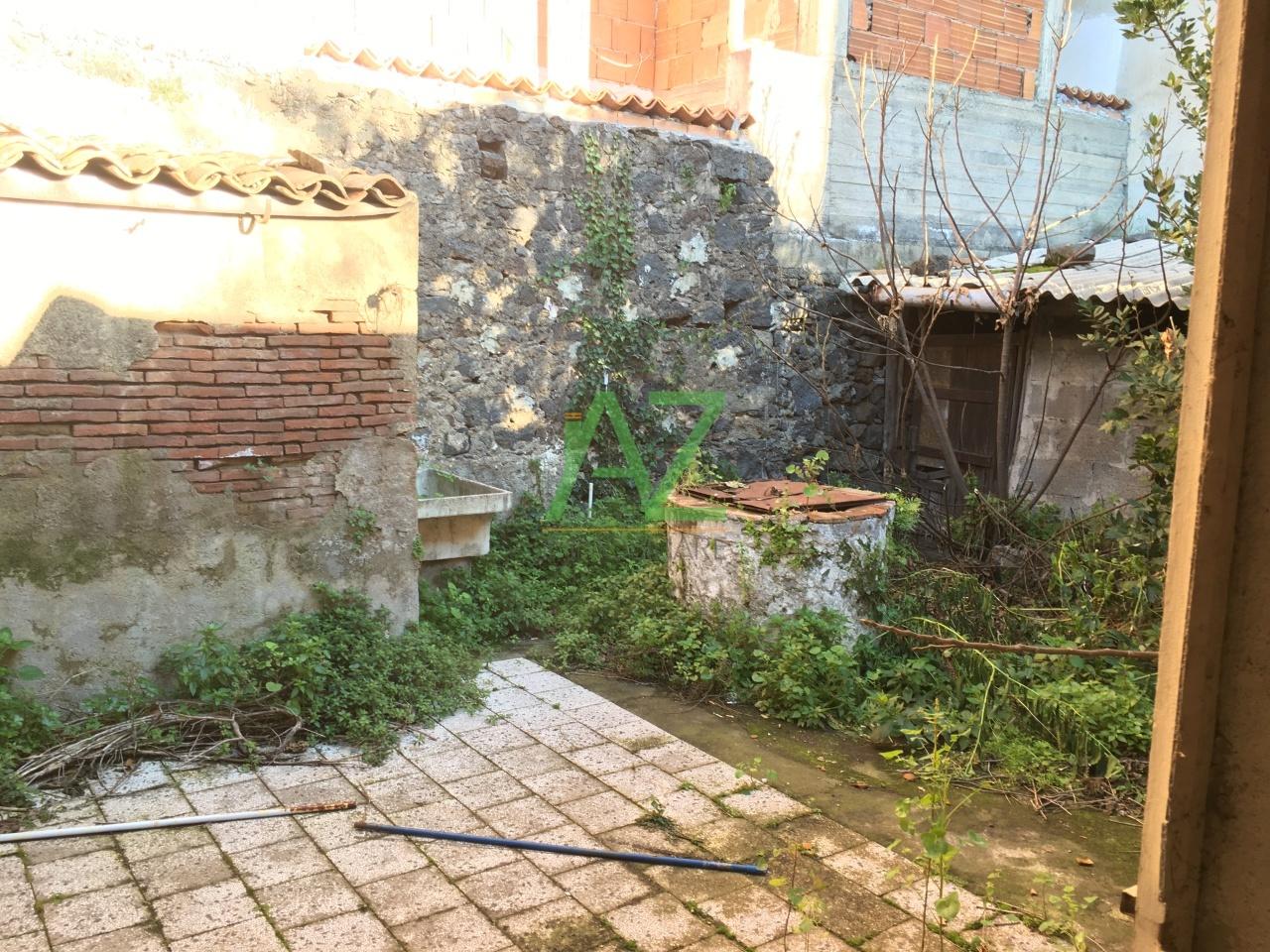 Rustico / Casale in Vendita a Valverde