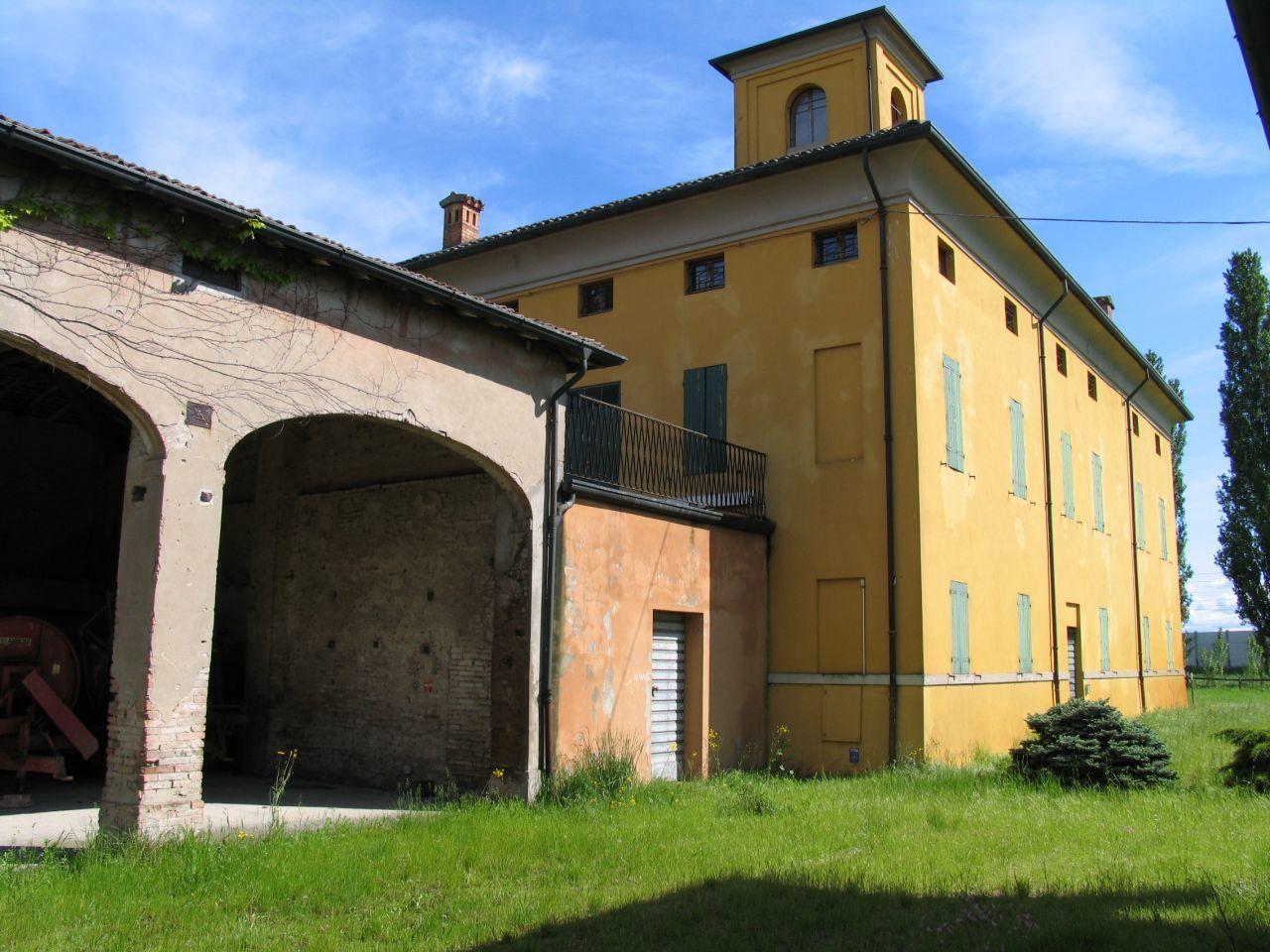 Rustico / Casale in vendita a Parma, 20 locali, prezzo € 650.000 | Cambio Casa.it