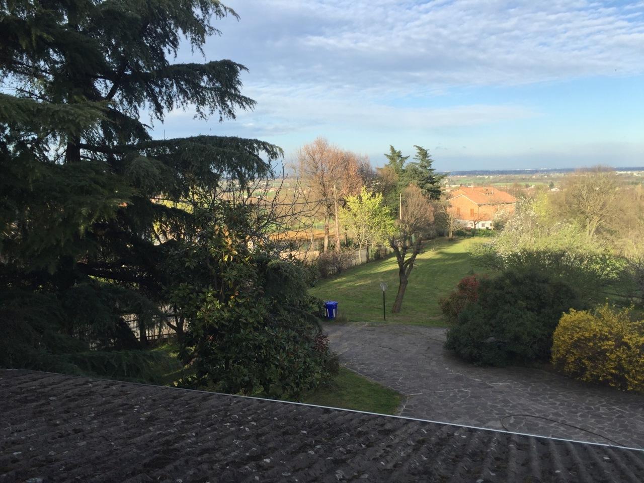 Villa in vendita a Traversetolo, 7 locali, prezzo € 480.000 | Cambio Casa.it