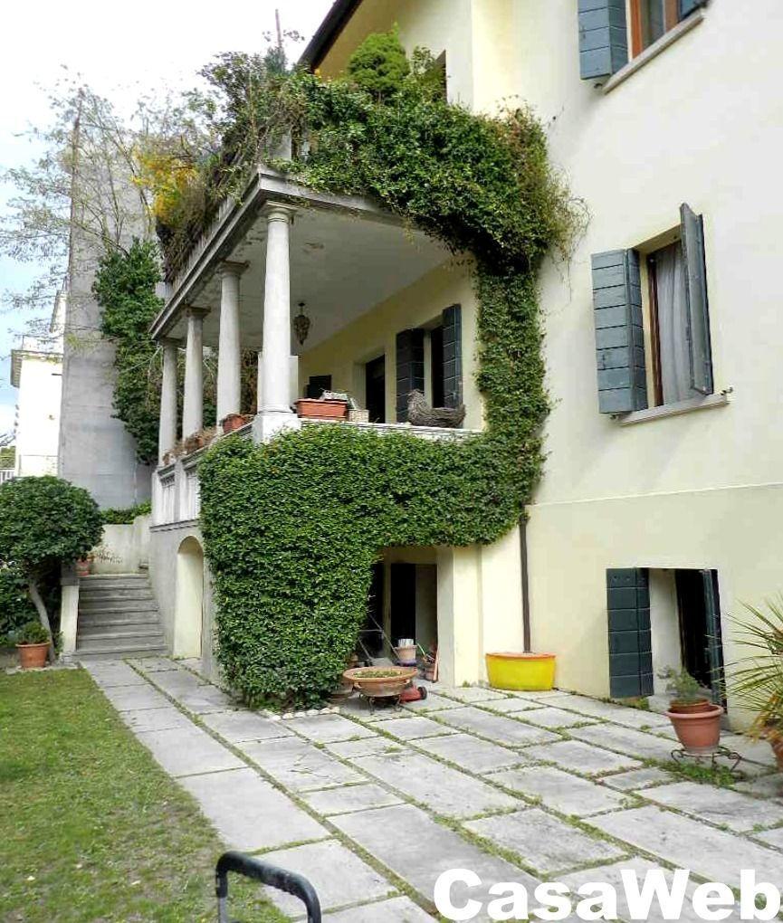 Appartamento in vendita a Venezia, 7 locali, Trattative riservate | Cambio Casa.it