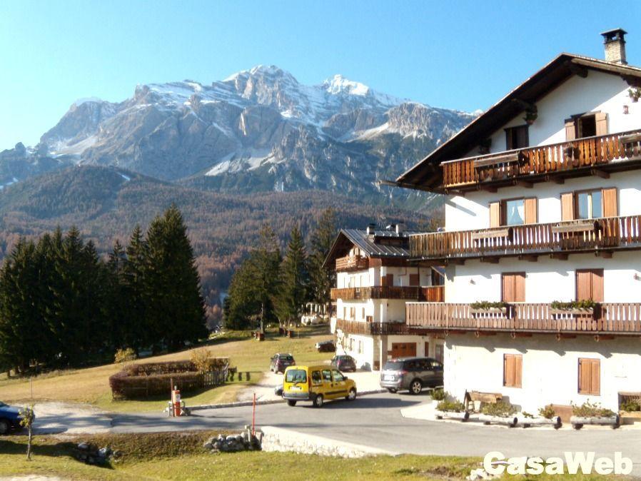 Appartamento in affitto a Cortina d'Ampezzo, 6 locali, Trattative riservate | Cambio Casa.it