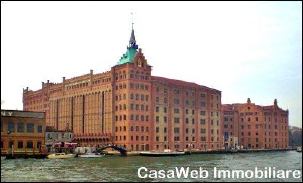 Appartamento in vendita a Venezia, 2 locali, prezzo € 380.000 | Cambio Casa.it