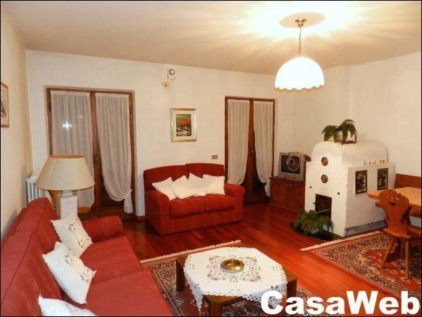Appartamento in affitto a Cortina d'Ampezzo, 7 locali, Trattative riservate | Cambio Casa.it