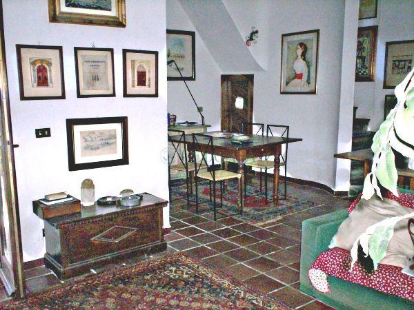 Soluzione Indipendente in vendita a Vezzano Ligure, 5 locali, prezzo € 220.000 | Cambio Casa.it