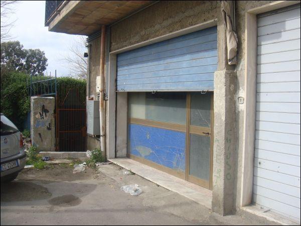 Magazzino in vendita a Reggio Calabria, 1 locali, prezzo € 29.000 | Cambio Casa.it