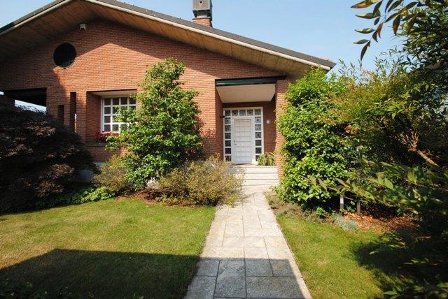 Villa in vendita a Zeccone, 12 locali, prezzo € 520.000 | Cambio Casa.it