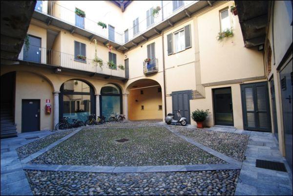 Appartamento in vendita a Pavia, 5 locali, prezzo € 660.000 | Cambio Casa.it