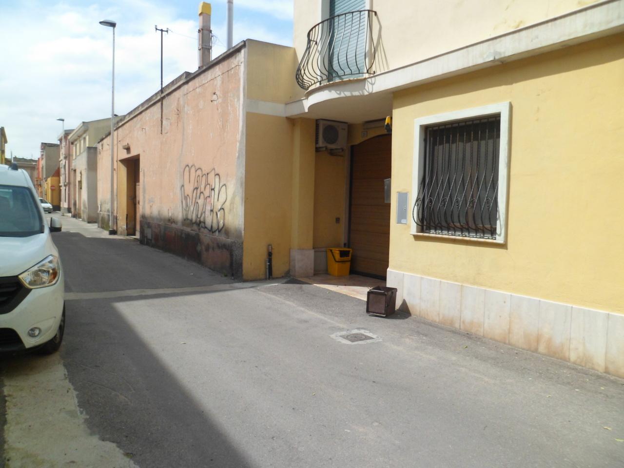 Soluzione Indipendente in vendita a Quartu Sant'Elena, 6 locali, prezzo € 190.000 | Cambio Casa.it