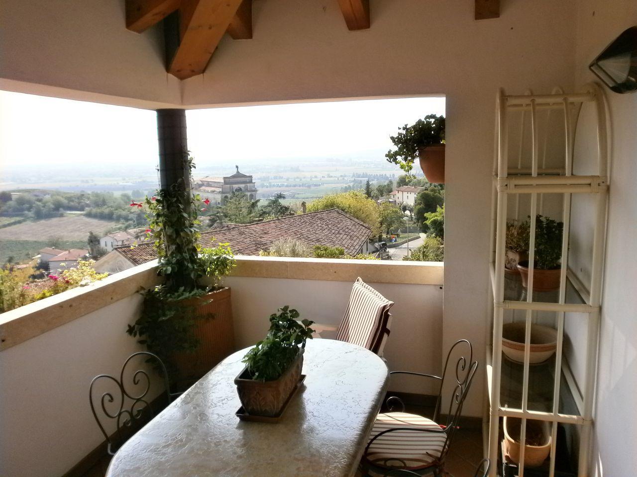 Appartamento in vendita a Brendola, 7 locali, Trattative riservate | Cambio Casa.it