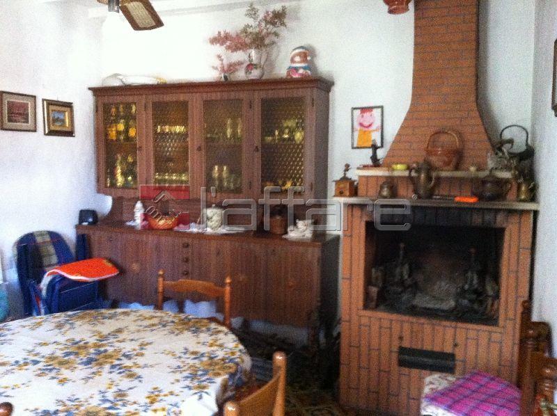 Appartamento in vendita a Chianni, 3 locali, prezzo € 45.000 | Cambio Casa.it