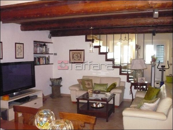 Appartamento in vendita a Crespina Lorenzana, 3 locali, prezzo € 180.000 | Cambio Casa.it