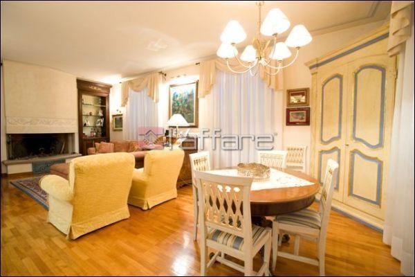 Villa in vendita a Crespina Lorenzana, 10 locali, prezzo € 1.100.000 | Cambio Casa.it