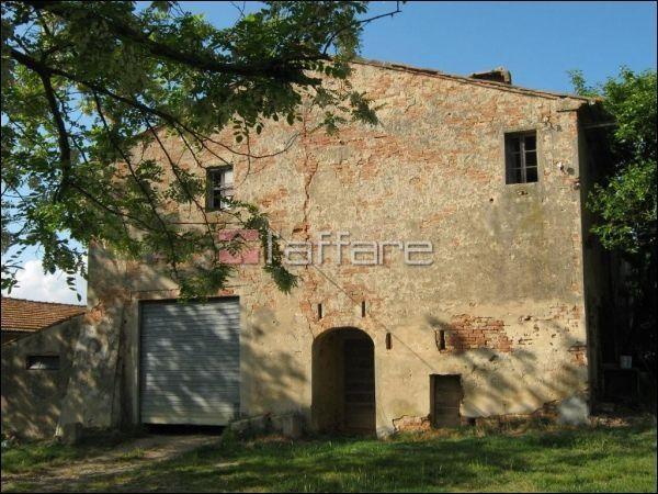 Rustico / Casale in vendita a Collesalvetti, 20 locali, prezzo € 500.000 | Cambio Casa.it