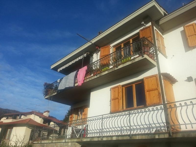 Appartamento in vendita a Reggello, 5 locali, prezzo € 190.000 | Cambio Casa.it