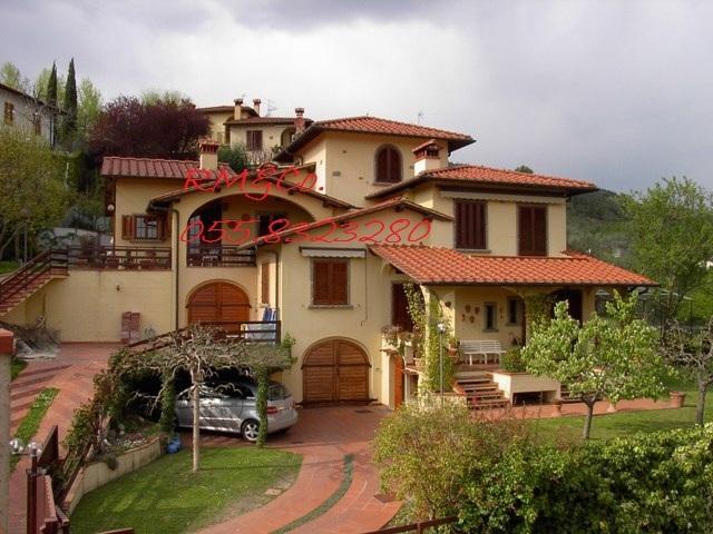 Villa in vendita a Pontassieve, 12 locali, Trattative riservate | Cambio Casa.it