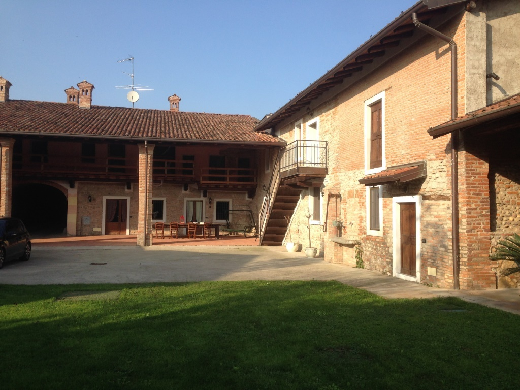 Rustico / Casale in vendita a Chiari, 9999 locali, prezzo € 490.000 | Cambio Casa.it