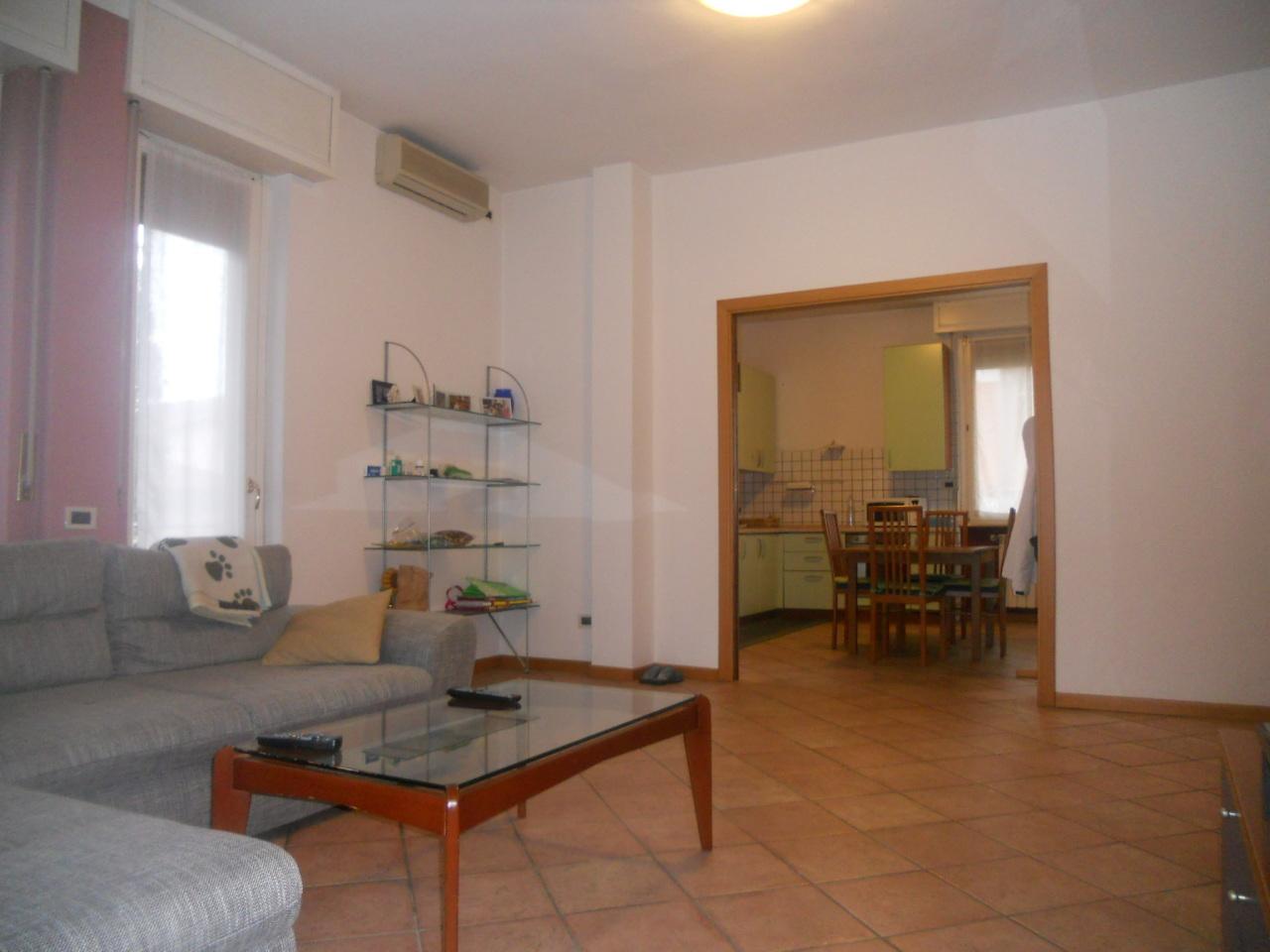 Appartamento in vendita a Chiari, 5 locali, prezzo € 119.000 | Cambio Casa.it